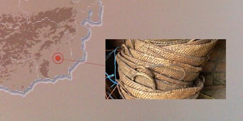 Korbflechten mit Weiden, Stroh und gespaltenem Holz - immaterielles Kulturerbe in Straden